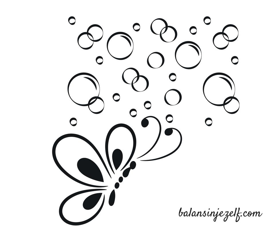 Vlinder met bellen om zich heen, balansinjezelf.com (3)